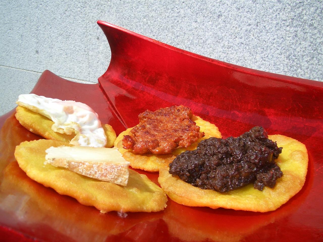 Tortos de Maiz – CornmealTortilla