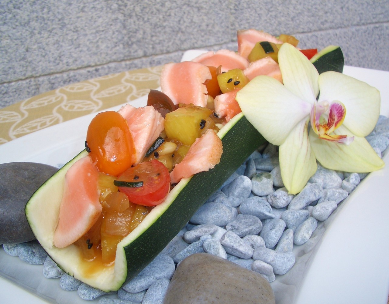 Calabacín Relleno de Salmón y Piña – Stuffed Zucchini with Salmon and Pineapple