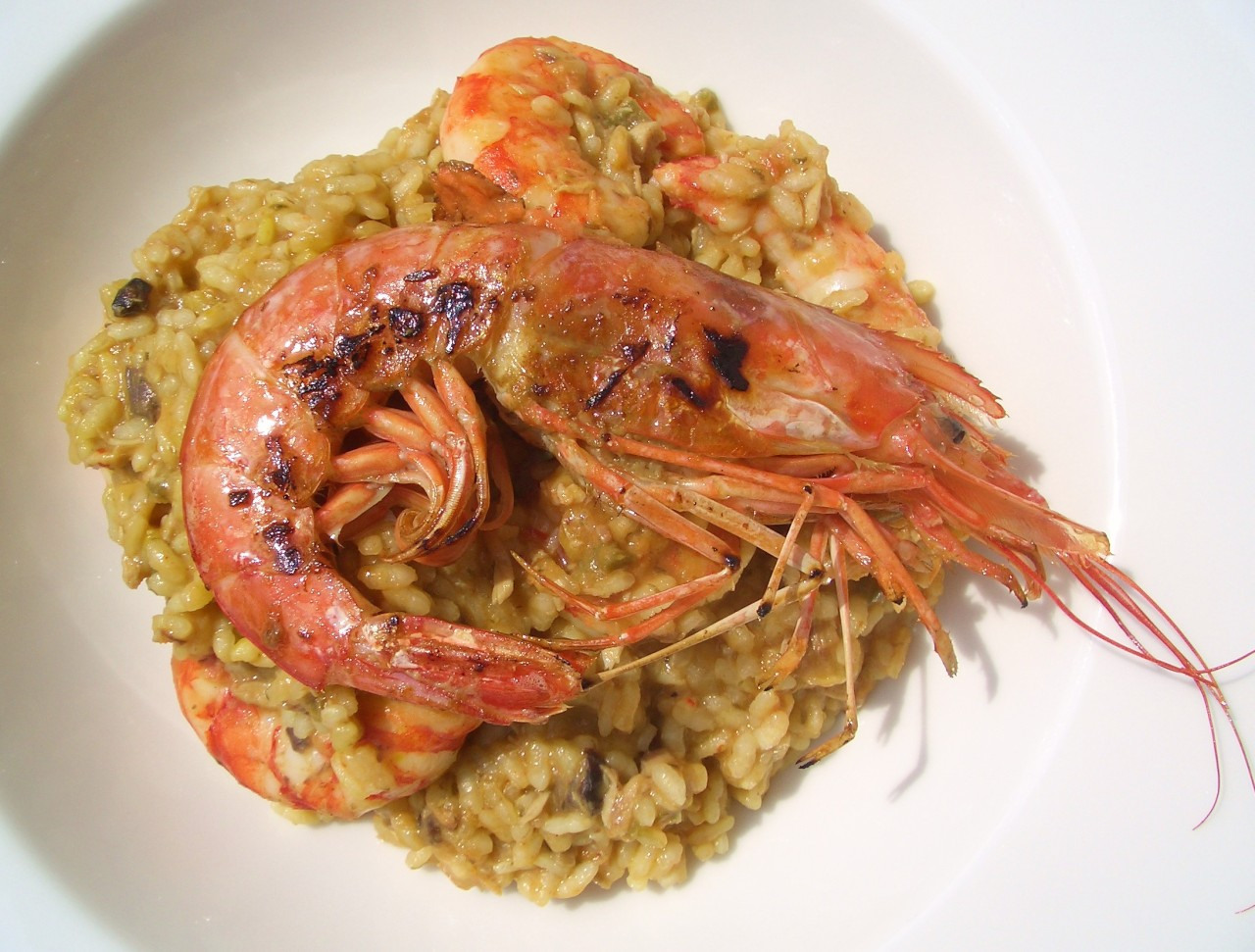 Arroz con Bonito y Langostinos – Tuna and Prawn Rice