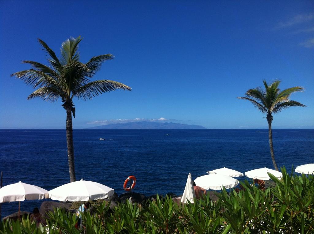 Vistas de La Gomera desde el Beach Club Las Rocas