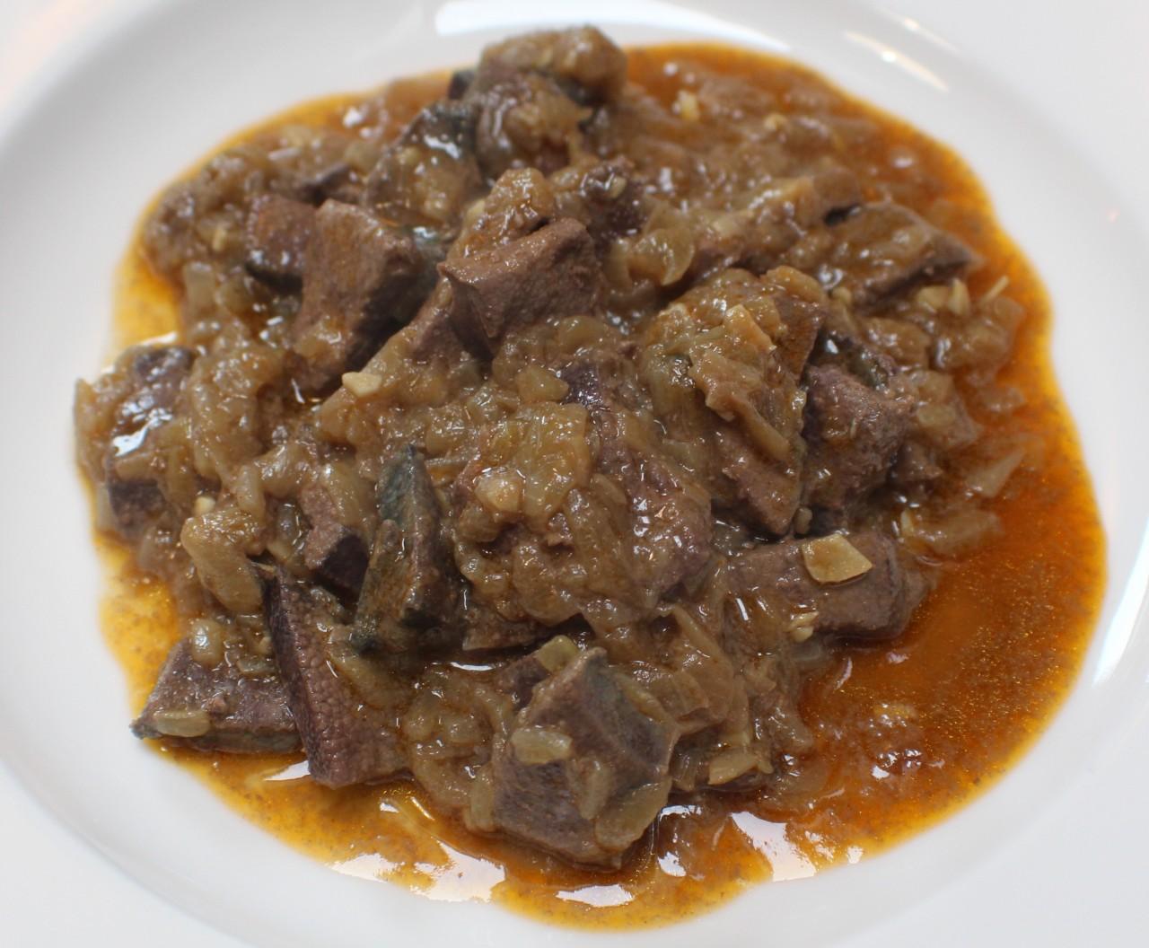 Hígado de Cerdo Encebollado – Pork Liver andOnions
