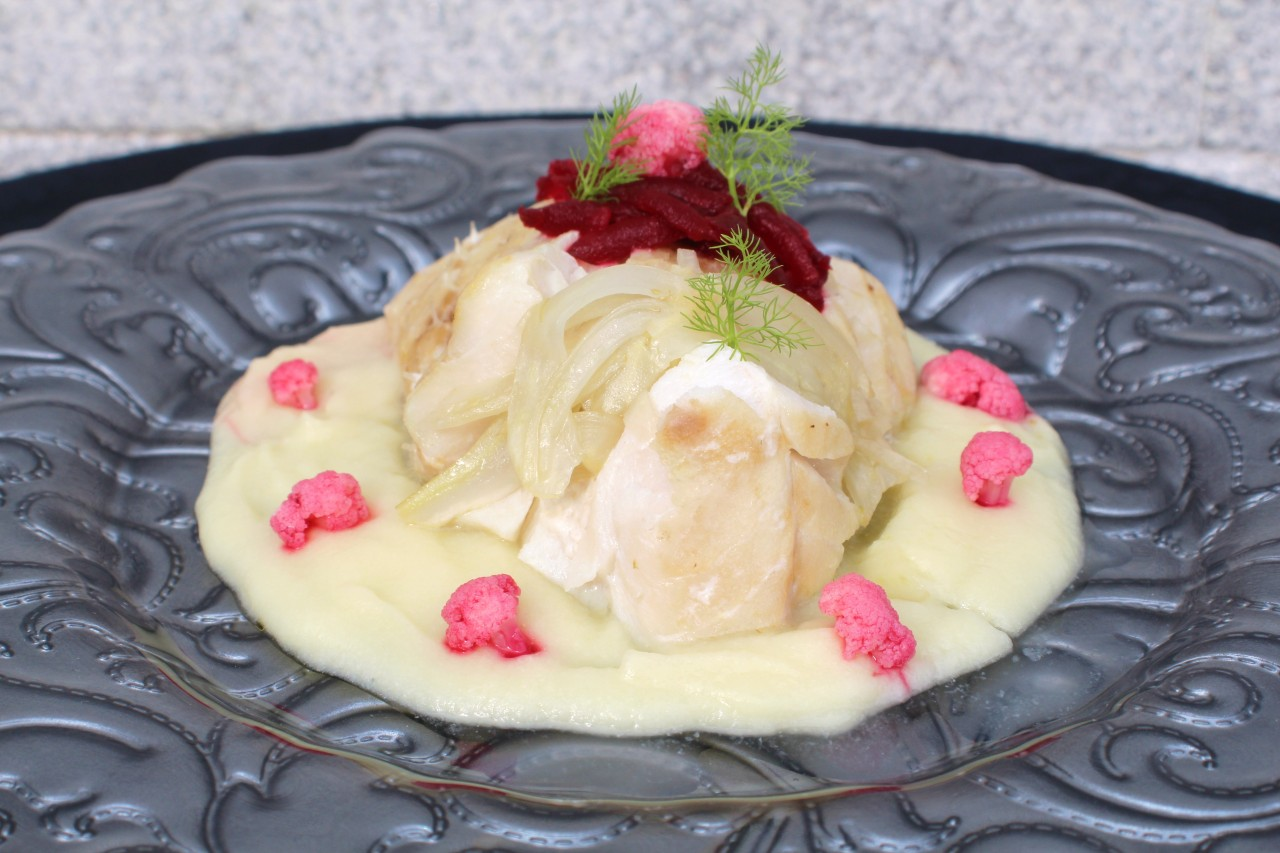 Skrei con Crema de Coliflor e Hinojo – Skrei Cod with Cauliflower and Fennel
