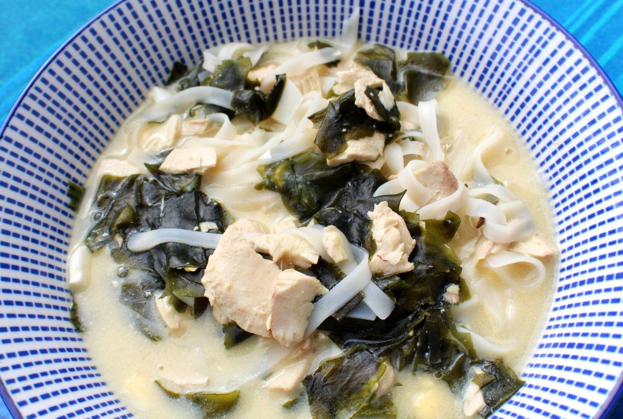Sopa de BonitoOriental
