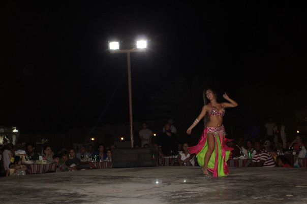 belly_dancer_dubai
