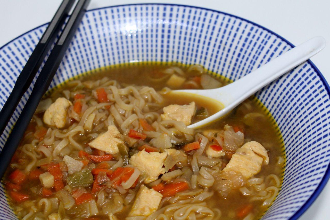 Sopa Juliana Oriental