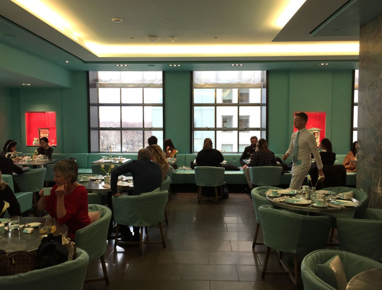 The Blue Box Cafe – Breakfast atTiffany's