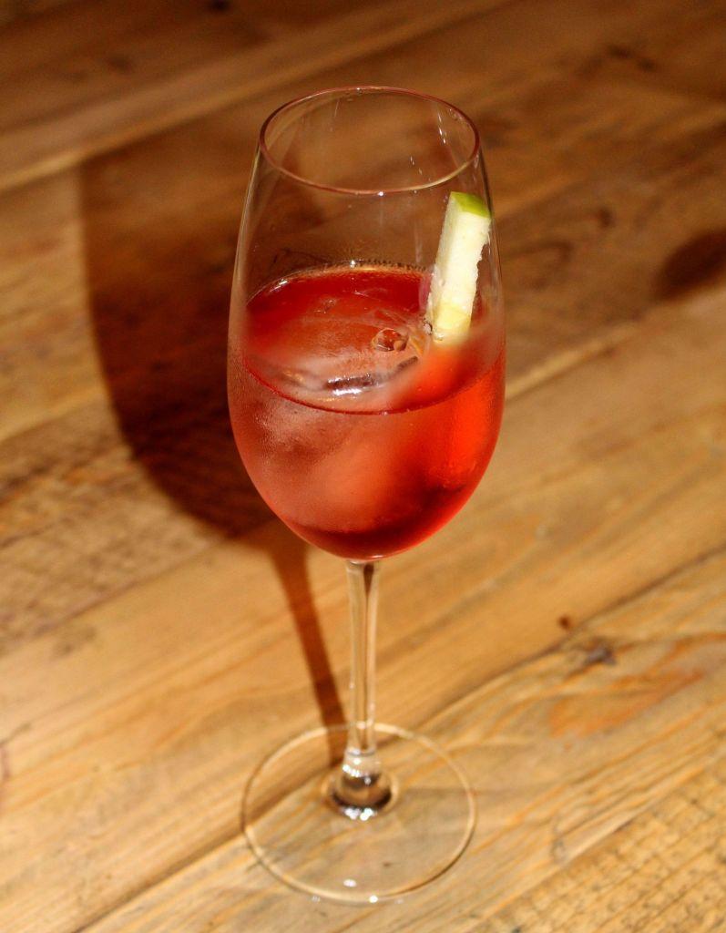 El Gaitero Red Grape