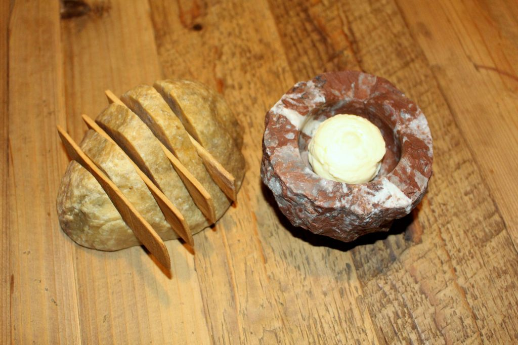 mantequilla de ajo morado