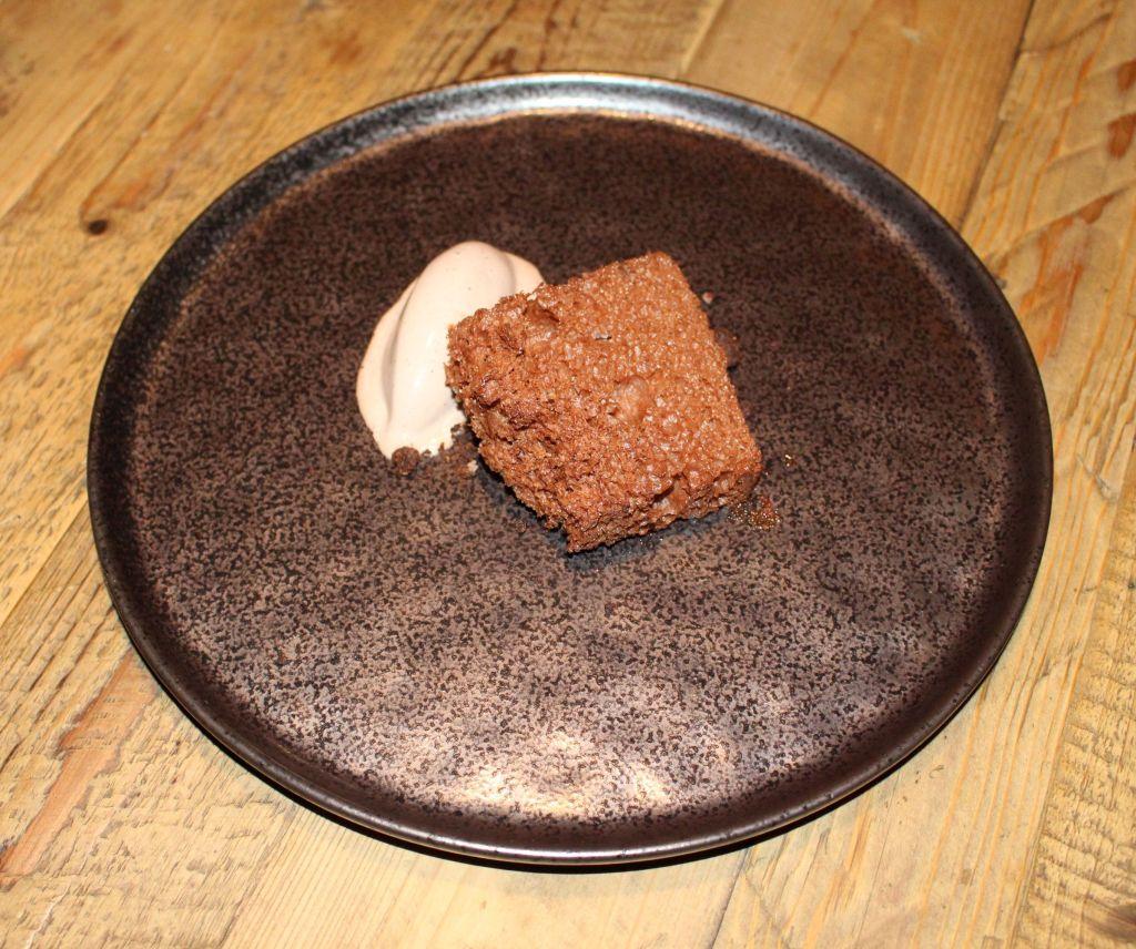 Esponja de chocolate y café