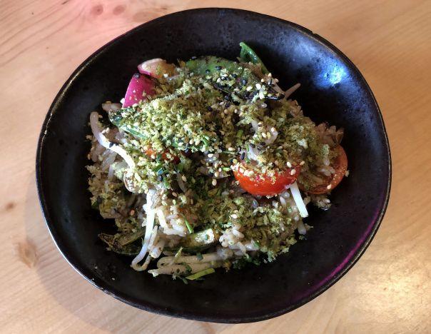 wok de arroz y verduras