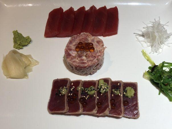 surtido crudo de atún rojo