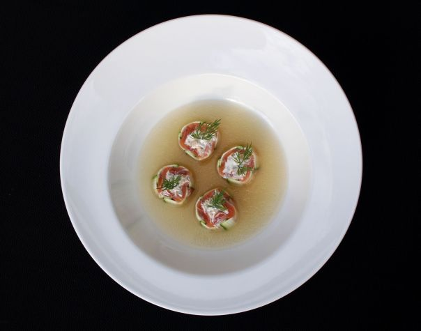 Rolllitos de calabacin y salmón