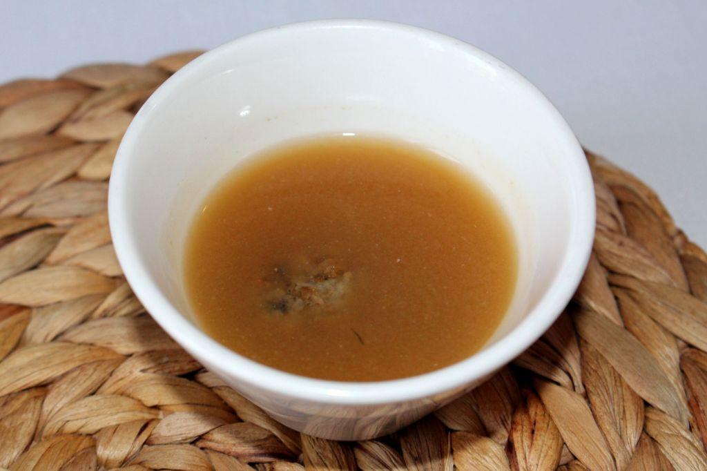 Sopa de albóndigas de boquerones