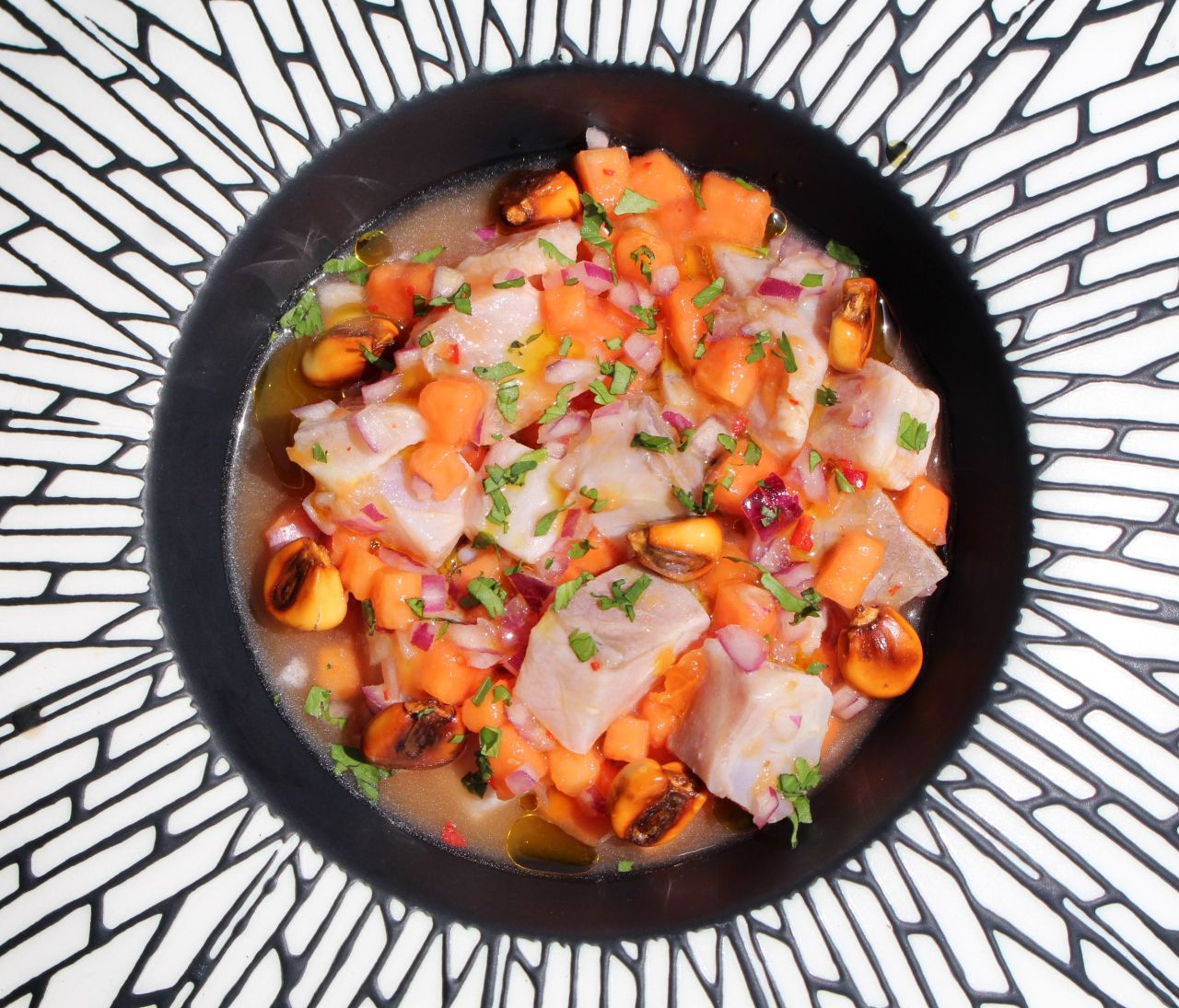 Cebiche de Corvina y Papaya