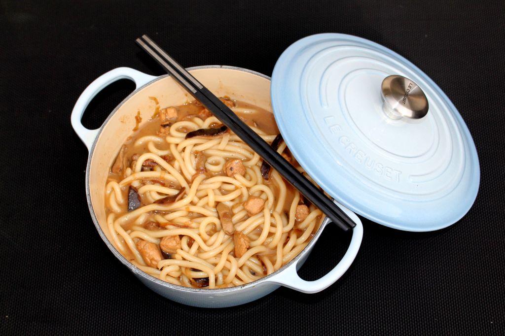 Sopa de Udon con Pollo y Shiitake